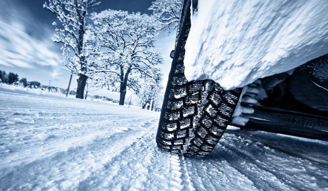 Winterreifen am Auto