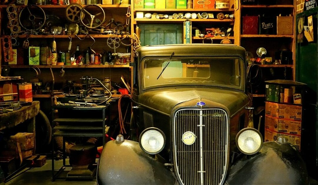 Oldtimer in der Garage